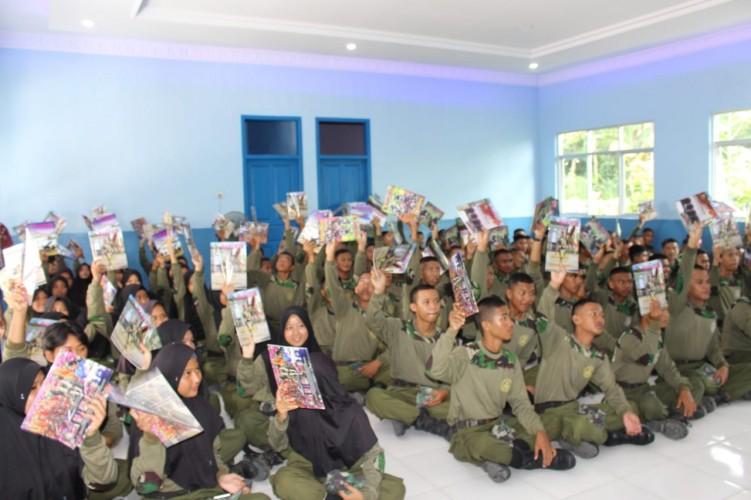 Brigif 4-Spotmar Kormar Sosialisasi Bela Negara di SMKN 6
