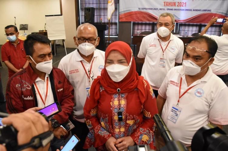 Bunda Eva Terpilih secara Aklamasi sebagai Ketum PBVSI Lampung