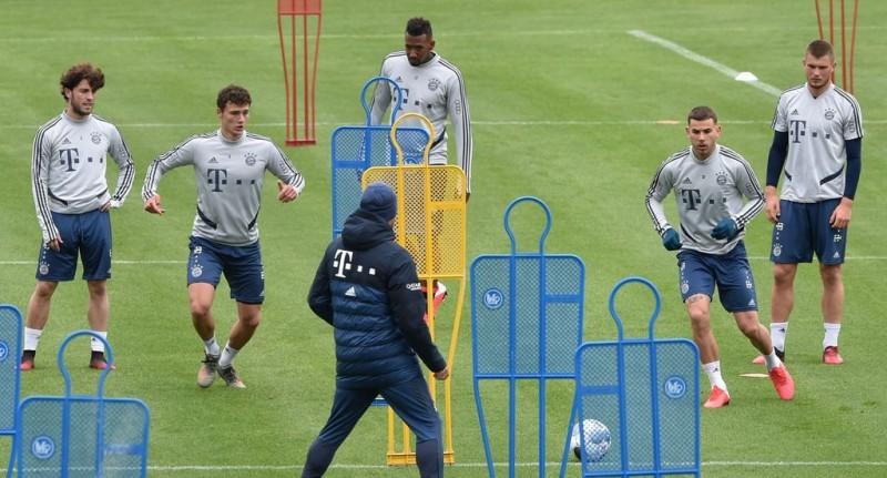 Bundesliga Berencana Kembali Digelar 21 Mei