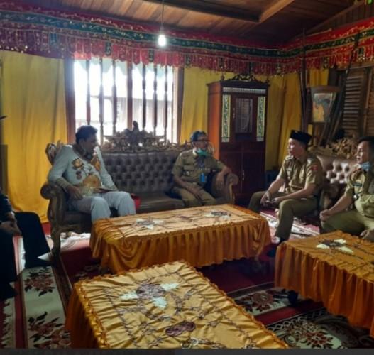 Bupati Pesisir Barat Hadiri Undangan SPDB Edward Syah Pernong
