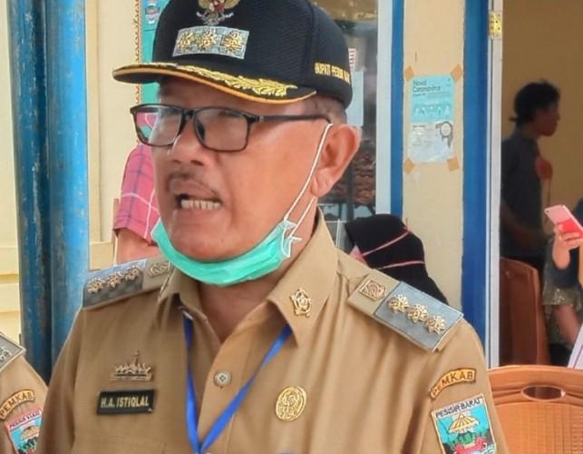 Bupati Pesisir Barat Tunjuk Edy Mukthar Jadi Plt Sekkab