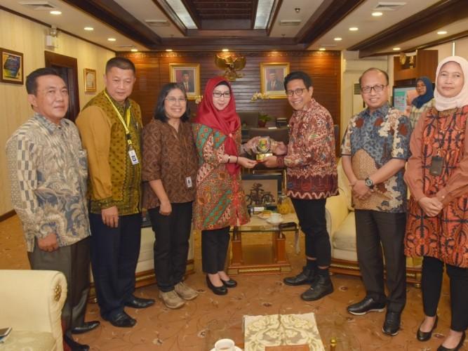 Bupati Tanggamus Kunjungi Kementerian Desa untuk Kembangkan Wisata dan Embung