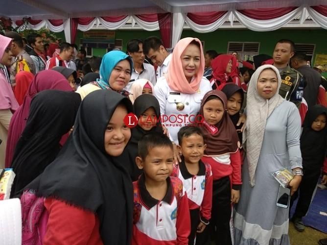 Bupati TulangbawangUcapkan Terima Kasih kepada Presiden Joko Widodo