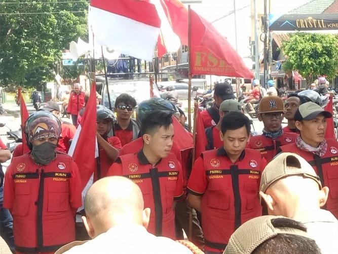 Buruh Lampung Tolak RUU Omnibus Law