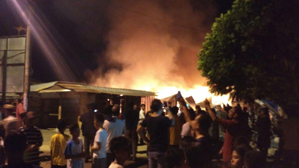 Api Diduga Berasal dari Bagian Tengah Kios TPS Pasar Way Halim