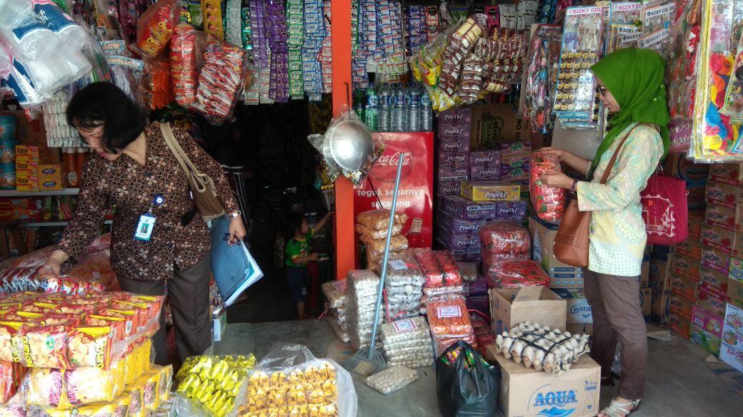 Jelang Ramadan, BPOM Pemeriksaan Produk Makanan di Pasar Krui