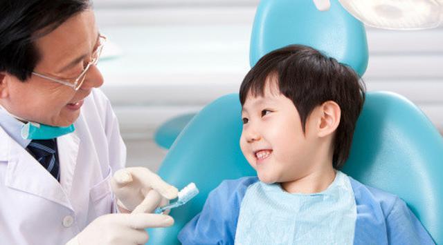 Memastikan Kesehatan Gigi Sejak Dini