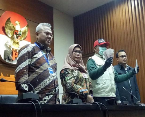 Caleg PDIP Penyuap Komisioner KPU Buron