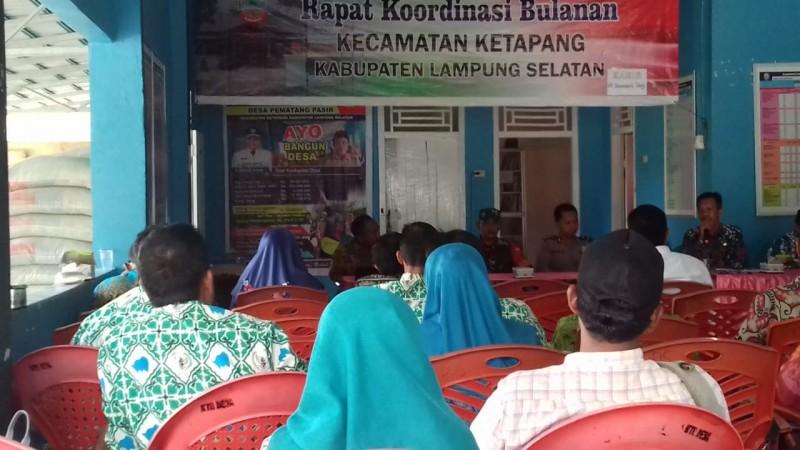 Camat Ketapang Ingatkan KadesSoal Serapan Dana Desa