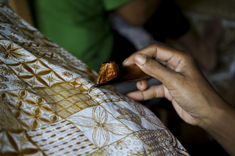 Cara Facebook Peringati Hari Batik Nasional