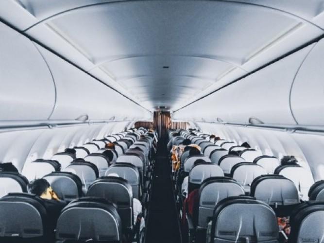 Cara Menghilangkan Rasa Takut Naik Pesawat
