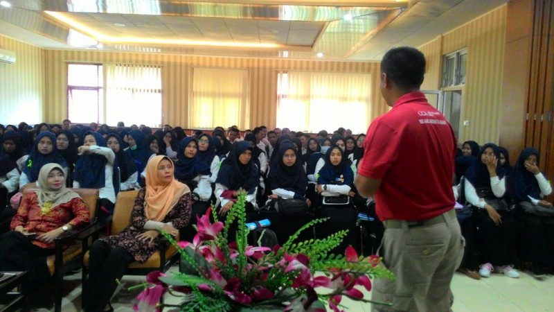 CCAI Berbagi Semangat kepada Mahasiswa Politeknik Negeri Padang