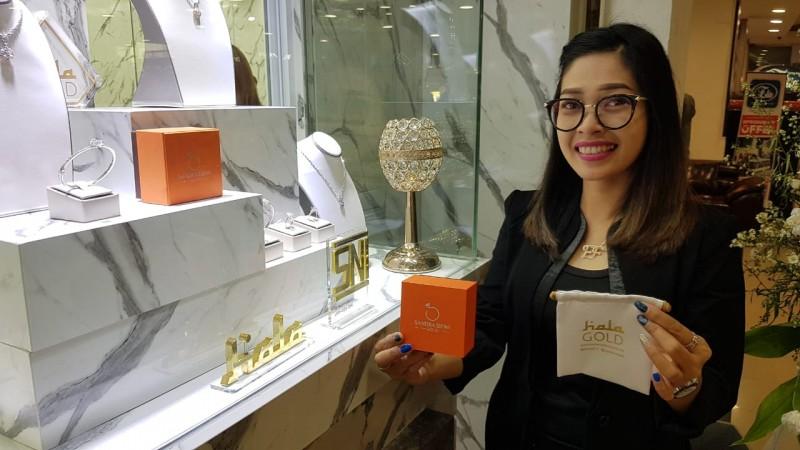 Christie Gold Hadirkan Koleksi Perhiasan Hala Gold Edisi Shireen Sungkar dan Cut Meyriska