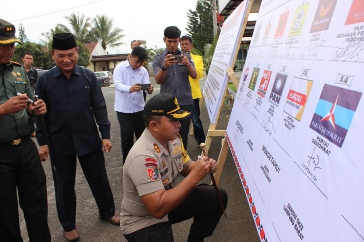 Ciptakan Suasana Pemilu Aman, Polres Lambar Gelar Deklarasi Damai