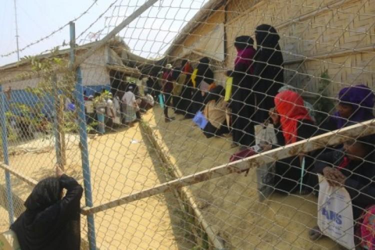 Covid-19 Mulai Menjalar di Kamp Pengungsi Rohingya