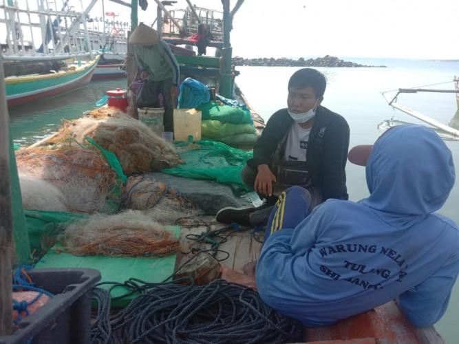 Cuaca Buruk, Hasil Tangkapan Nelayan Menurun Drastis