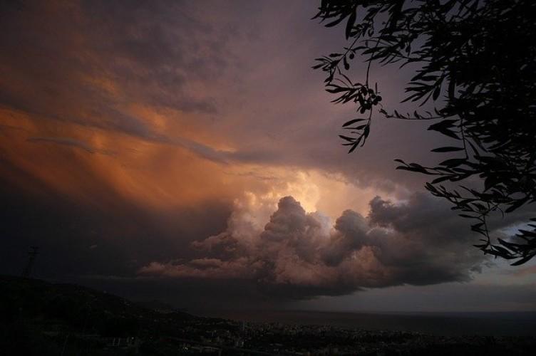 Cuaca Ekstrem Indonesia Diprediksi hingga 2040!