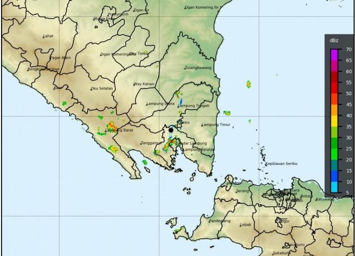 Cuaca Ekstrem Mengancam Sejumlah Wilayah di Lampung