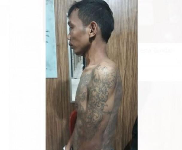 Curi Dompet dalam Mobil, Preman Bertato di Wayhalim Ditangkap