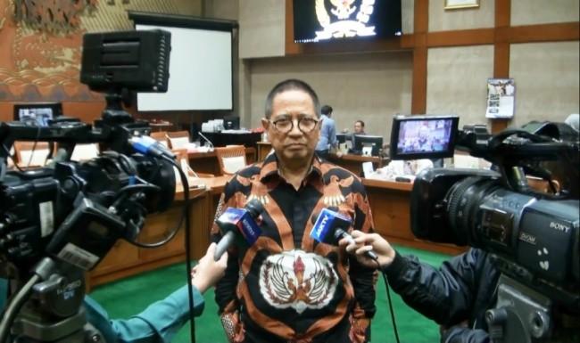 Komisi VI Tetapkan 9 Nama Calon Komisioner KPPU