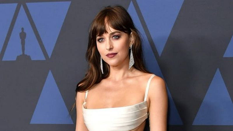Dakota Johnson Dibidik Bintangi Film Thriller