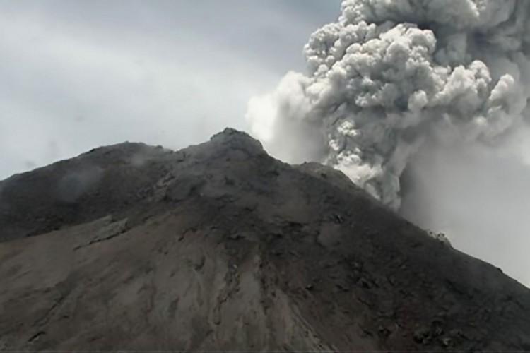 Dampak Abu Vulkanik Merapi Capai 20 Km
