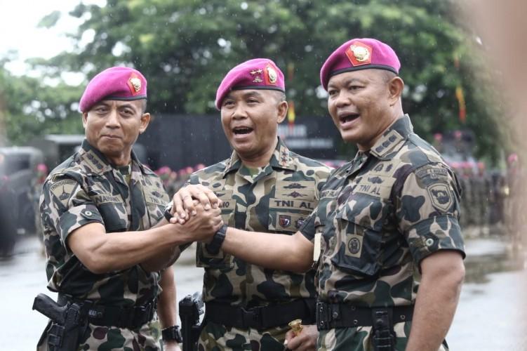 Dankomar Pimpin Sertijab Danbrigif 4 Marinir/BS