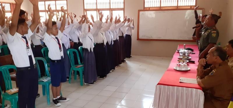Danramil Mesuji Berikan Penyuluhan Kepada Siswa Baru