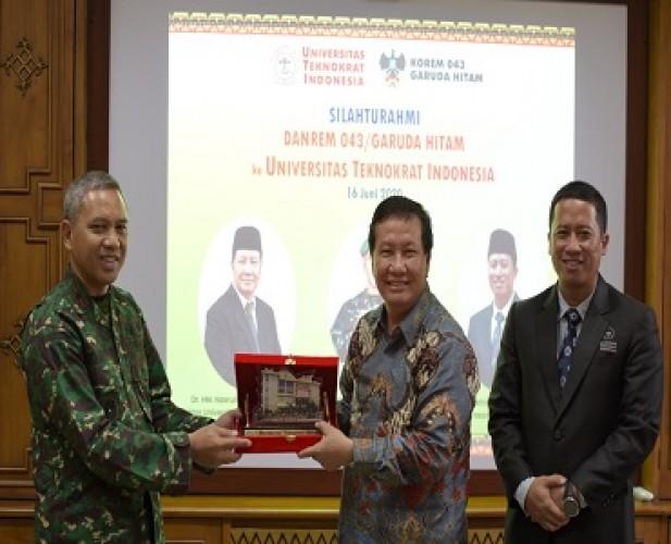 Danrem Pererat Silaturahmi dan Jajaki Kerja Sama dengan Universitas Teknokrat