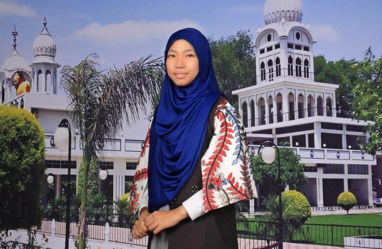 Dapat Beasiswa S1, Muti Aulia Zahrotunnur Berangkat ke Mesir