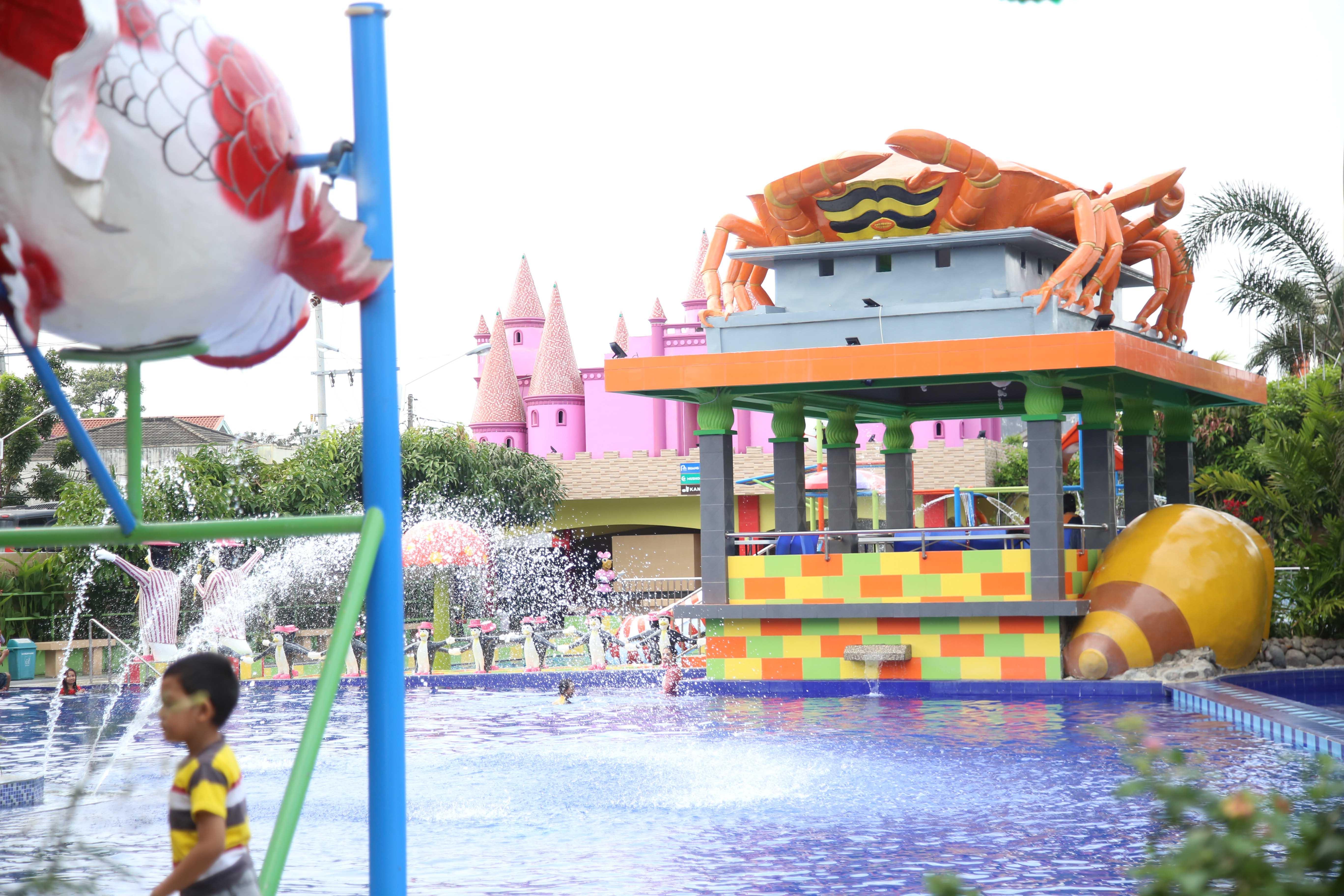 Rumah Barbie Percantik Water Park