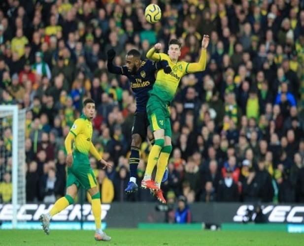 Debut Ljungberg di Arsenal Gagal Raih Poin Sempurna