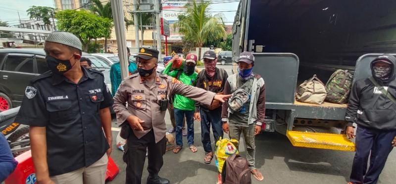 Delapan Pekerja Asal Sumedang Ditipu Pemborong
