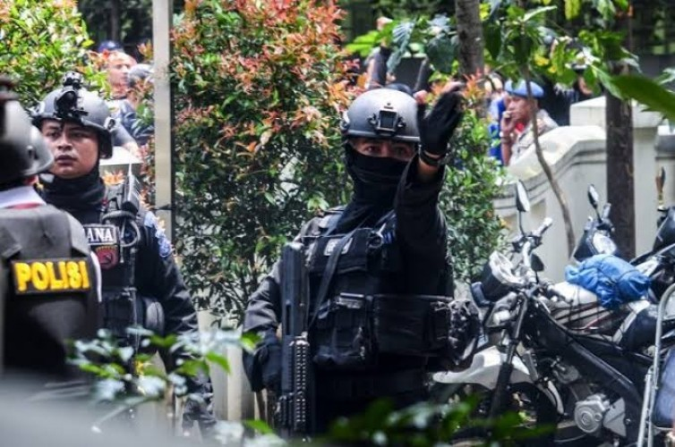 Densus 88 Tangkap 4 Terduga Jaringan Radikal di Lampung