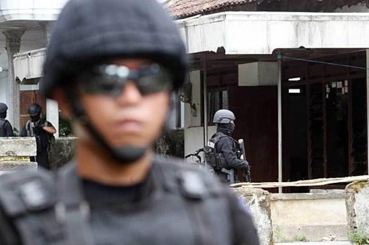 Densus Sita Senapan Angin Hingga Buku Jihad dari Terduga Teroris di Lampung
