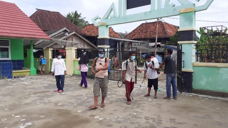 Desa Sritanjung Disterilisasi dari Virus Korona