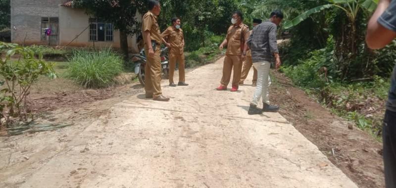 Desa Suak Bangun Jalan Penghubung 150 Meter Pakai Dana Desa
