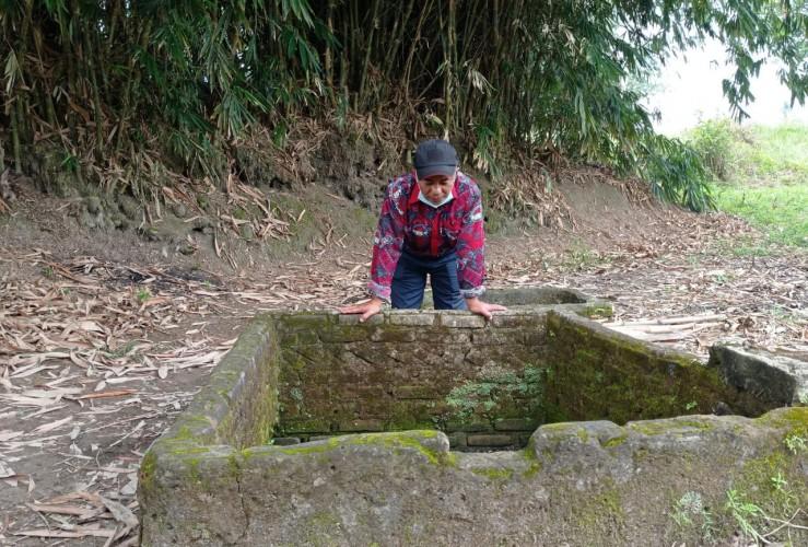 Desa Waisari Terima Bantuan Sumur Bor Dari Perusahaan