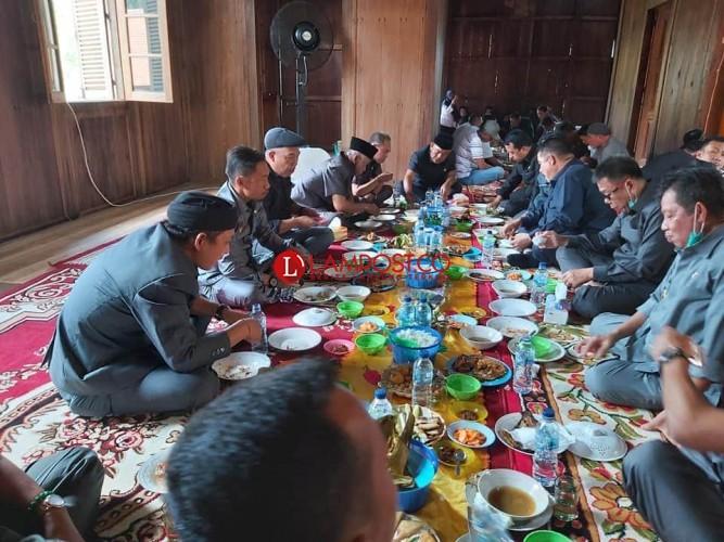 Dewan Minta Bupati Tubaba Prioritaskan Jabatan Sekkab dari Putra Daerah