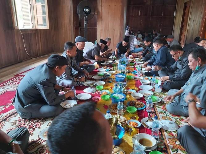 Dewan MintaJabatan Sekkab Tubaba DiisiPutra Daerah