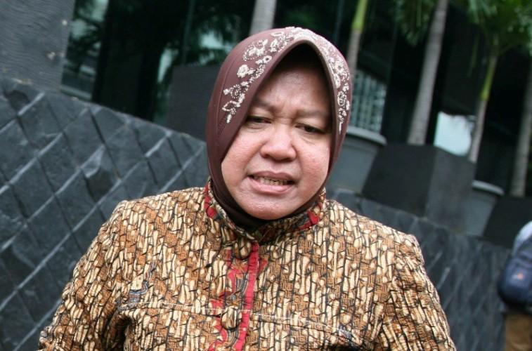 Dianggap Tidak Netral, Risma Diprotes Warga Surabaya