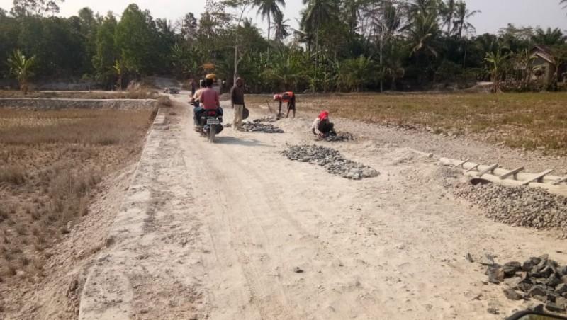 Diduga Ada Proyek Siluman di Mandalasari