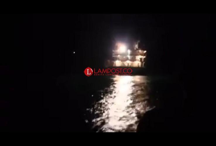 Diduga Kapal Penyedot Pasir Kembali Dekati GAK dan Sebesi