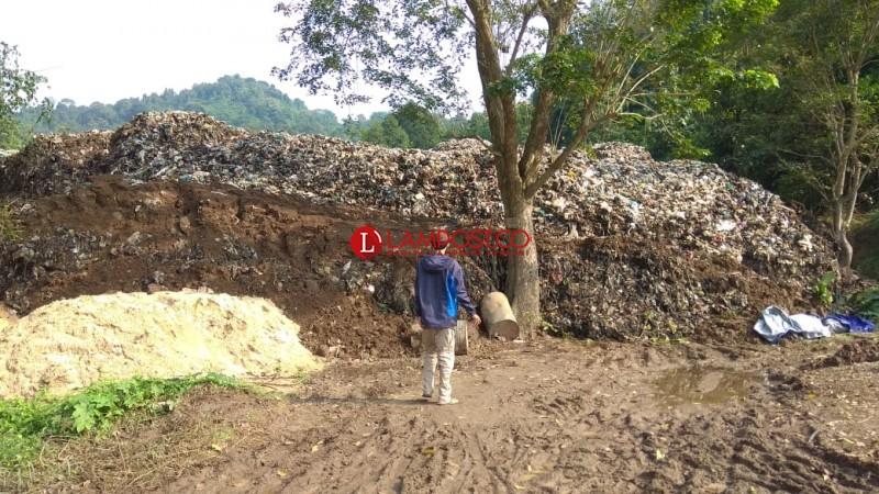 Diguyur Hujan Lebat, Gunungan Sampah di TPA Bakung Longsor