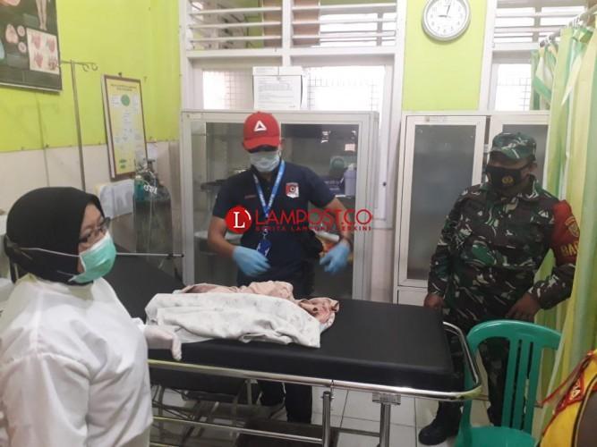 Dikira Sampah, Mayat Bayi Perempuan Ditemukan di Musala Sukabumi