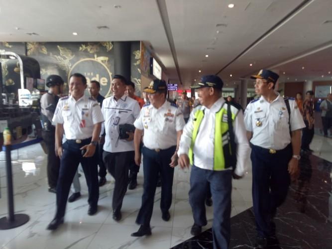 Dirjen Hubdat Tinjau Kesiapan Jalan dan Pelabuhan Jelang Nataru di Lampung
