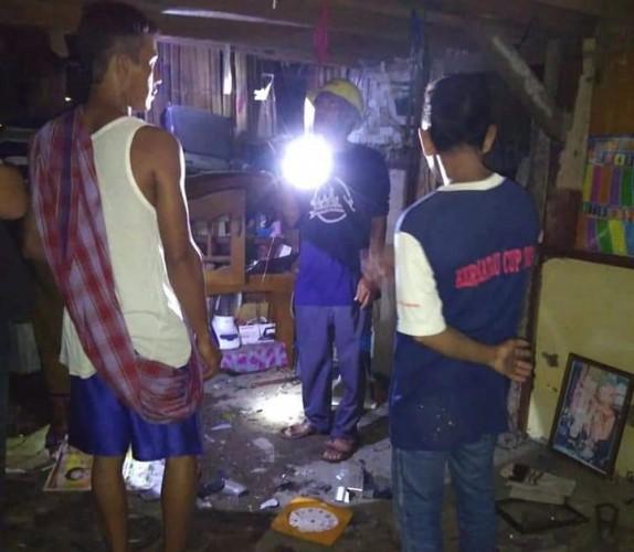 Disambar Petir, Rumah Warga Desa Tejang Porak-poranda