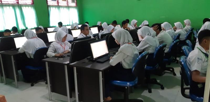 Disdik Liburkan Sekolah, UN SMK Tetap Berjalan