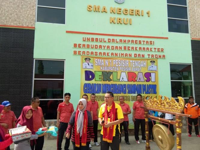 Disdikbud Gandeng MKKS Se-Pesisir Barat Deklarasikan <i>Eco Office</i>