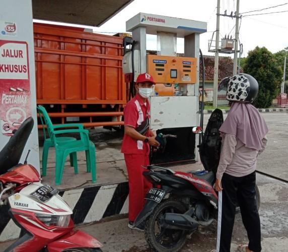 Distribusi BBM Premium ke Pesisir Barat Disetop